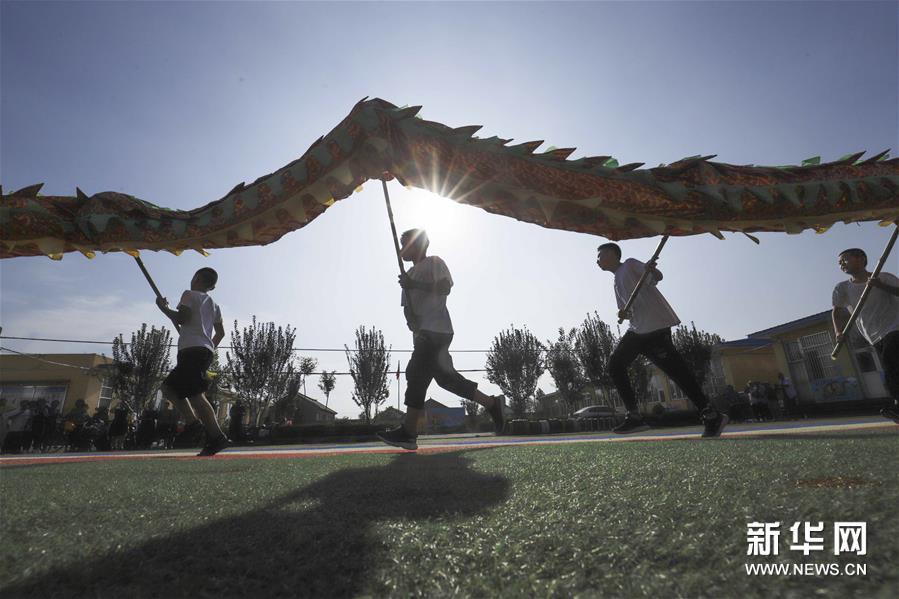 河北遵化:暑期学民俗