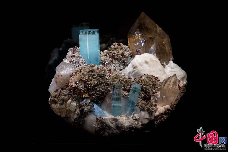 北京自然博物馆:国际矿物宝石精品展
