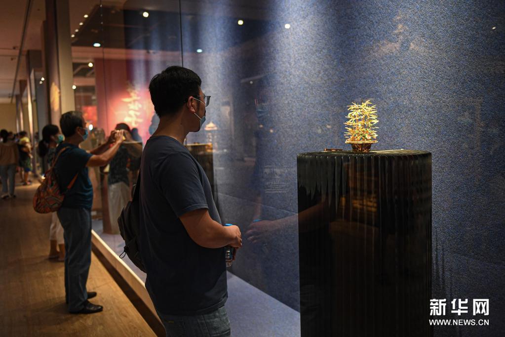 国家级非遗花丝镶嵌艺术展海南省博物馆开展