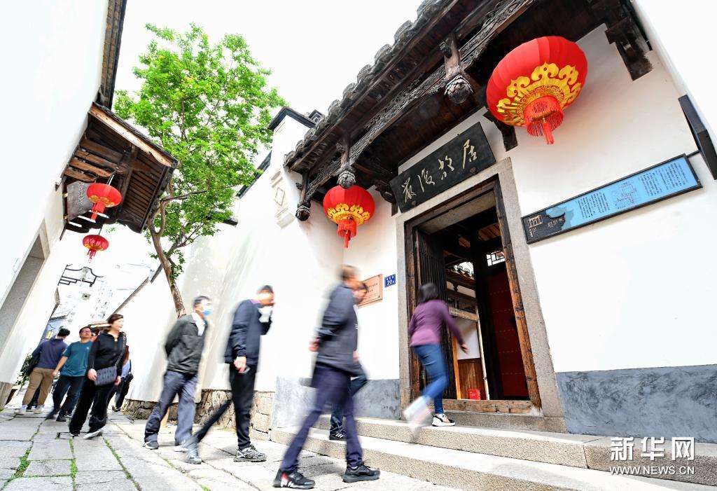 福州:多彩文化传坊巷